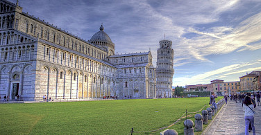 Bike the Tuscany tour to the Leaning tower of Pisa - photo via Flickr:Niels J Buus Madsen