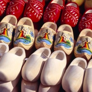 Wooden shoes before and after painting. Photo courtesy of Netherlands Board of Tourism