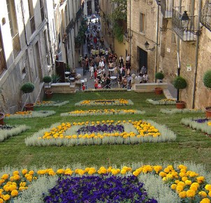 Temple of Flowers in Girona - photo courtesy of Wikimedia Commons