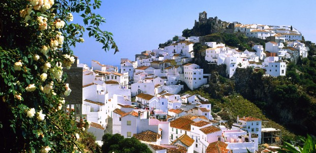 Mountain village of Casares, Malaga - photo via Flickr:miquitos